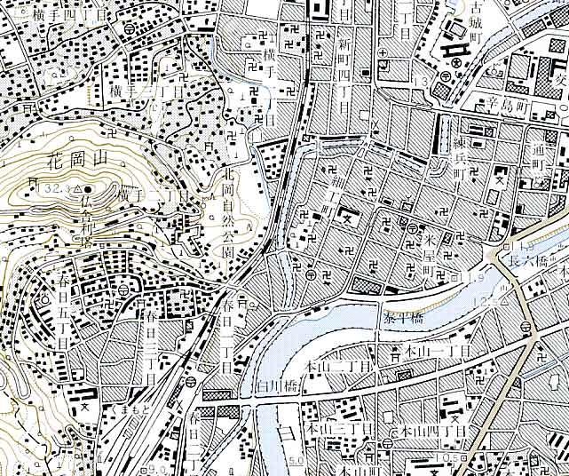 地形図 | ESRIジャパン地図の種類 | GIS 基礎解説 | ESRIジャパン